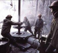 Какое место занимает Россия по добыче нефти
