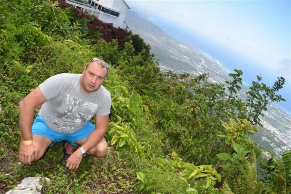 Алекс Грей в путешествии на островах